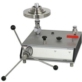 Грузопоршневой манометр высоких давлений CPB5000HP