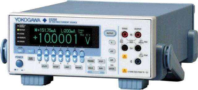 Источник постоянного тока и напряжения программируемый  GS200